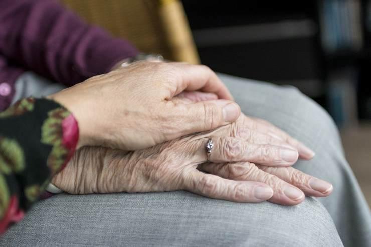 coniugi anziani Covid