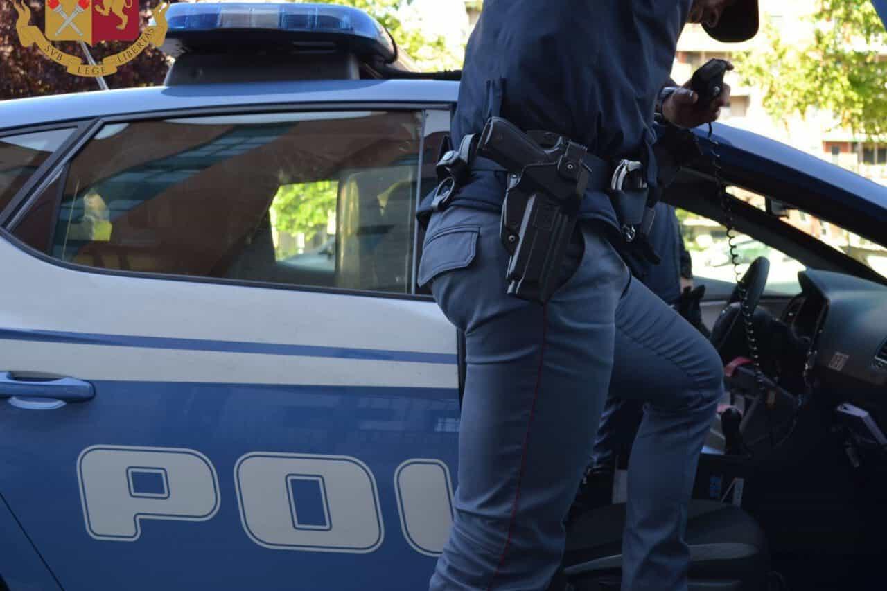 milano poliziotto indagato