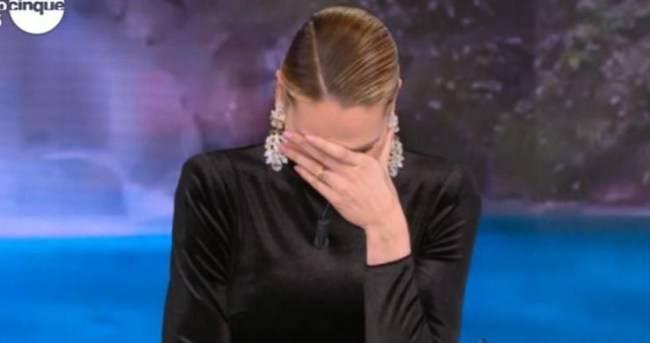 """Ilary Blasi si """"sente male in diretta e sviene?"""" Ecco cosa è successo"""