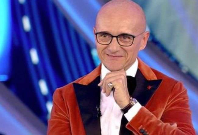 Alfonso Signorini stupisce: Vuole l'ex ballerina di Amici al Grande Fratello 6-Ecco di chi si tratta!