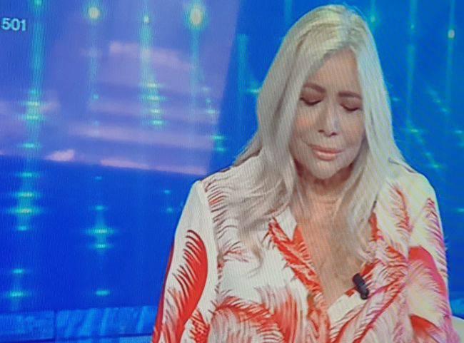 Mara Venier a Domenica In scoppia in lacrime in diretta VIDEO