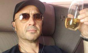Joe Bastianich paura aereo volo passeggero atterraggio emergenza